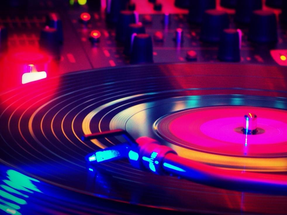 We Funk Radio Live Uk - show cover