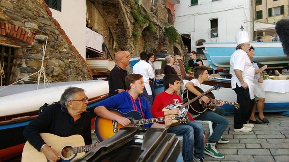 DIALETTO DELLE 5 TERRE IN MUSICA - show cover