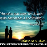 "AMOR EN EL AIRE/love is ""On the Air"""