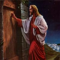 Tocando a tu puerta.