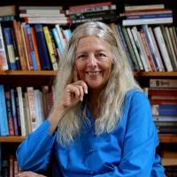 Helena Norberg-Hodge - The Economics of Happiness