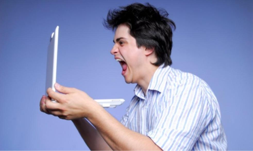 Anti-Social Media's tracks - imagen de show de portada