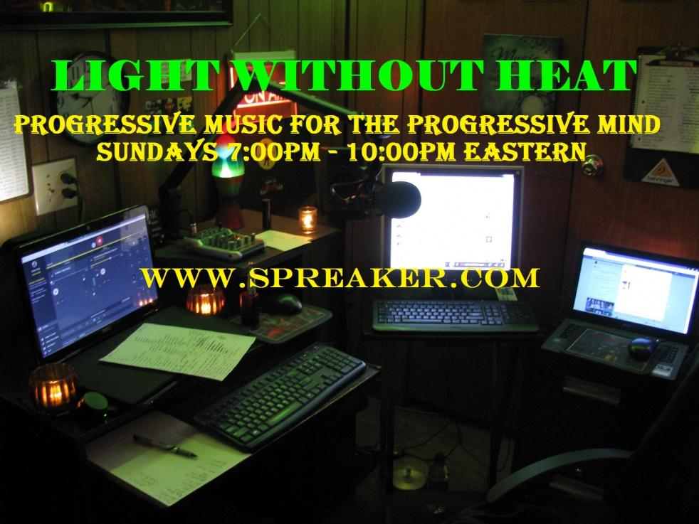 LIGHT WITHOUT HEAT - imagen de show de portada