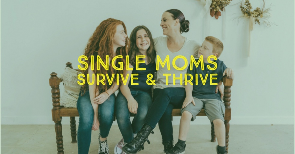 Single Moms Survive & Thrive - Cover Image