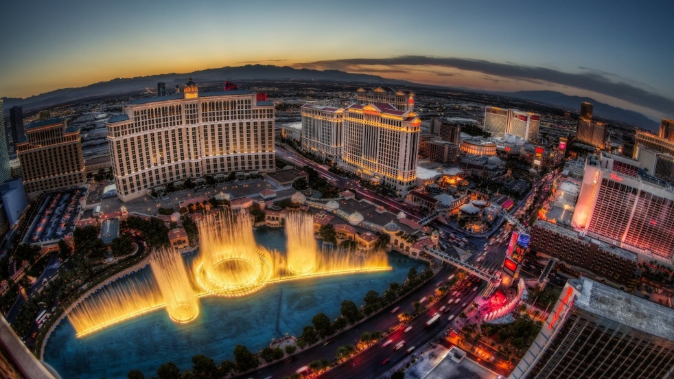 Las Vegas Review - show cover