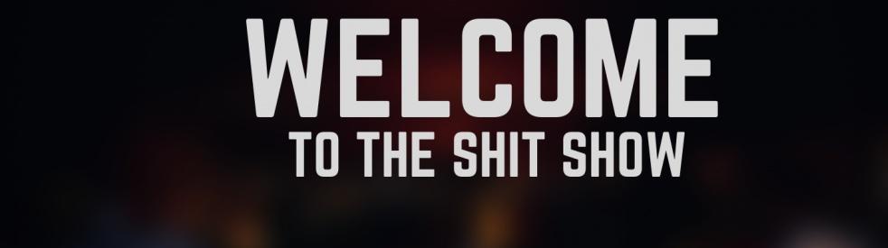 The Shit Show: A Half Assed True Crime Podcast - immagine di copertina