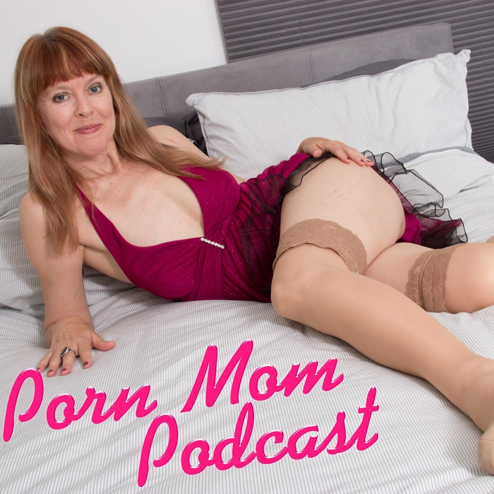 Porn Mom Podcast with Sally Mullins - imagen de portada