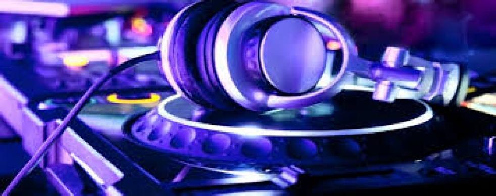 DJ Set - show cover