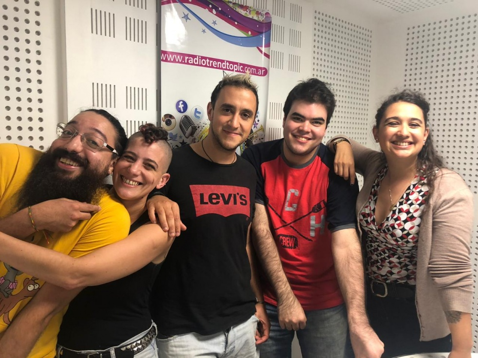 Las columnas de Sobremesa en Radio TT - imagen de show de portada