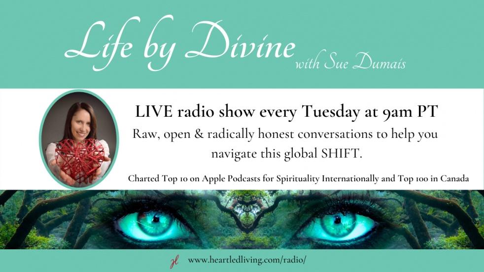 Life by Divine with Sue Dumais - imagen de portada