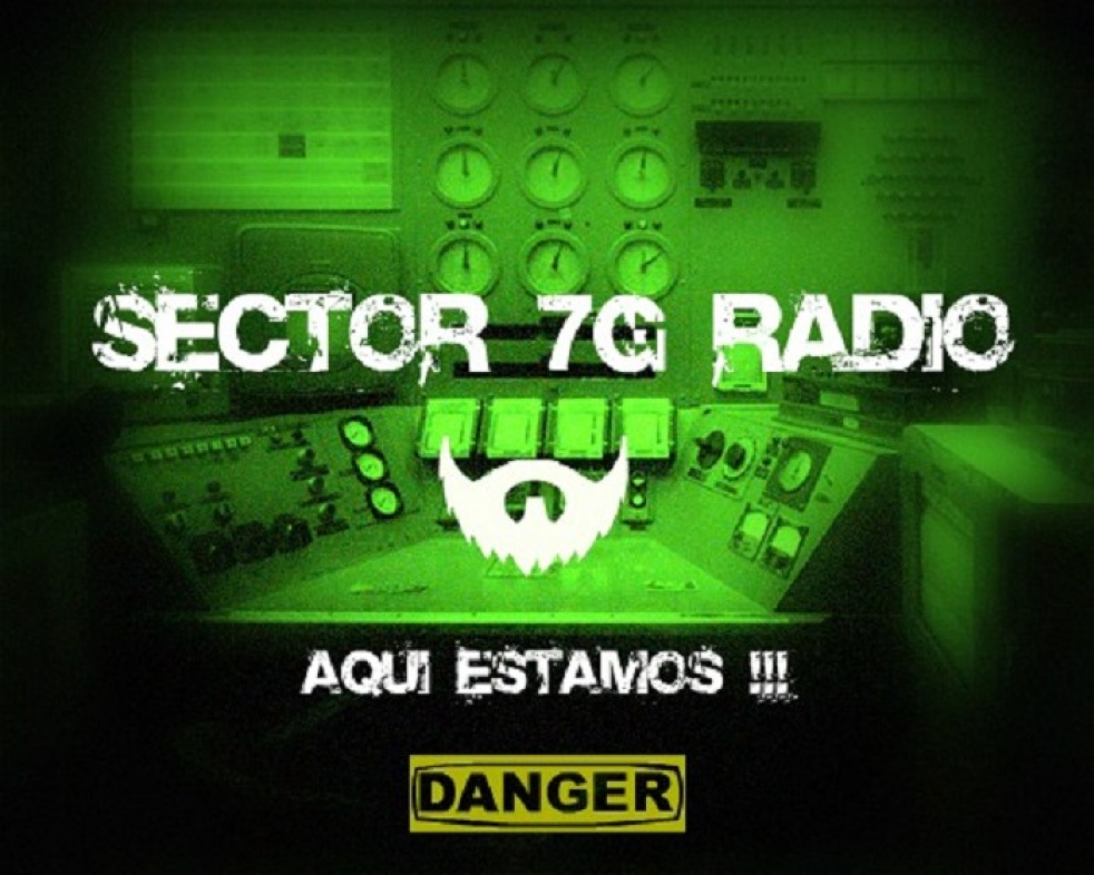 SECTOR 7G Escucha las voces en tu cabeza - show cover