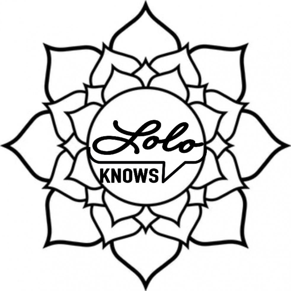 LOLO KNOWS - imagen de show de portada