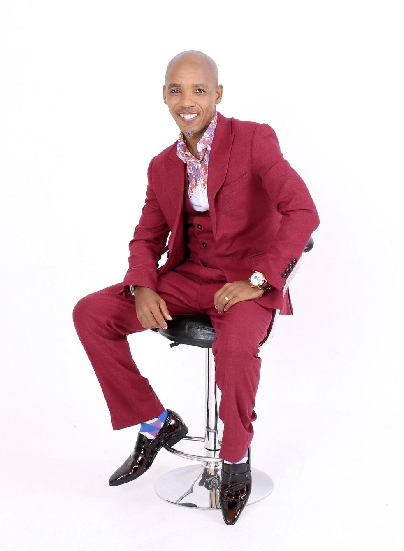 DR Suoane Msomi - immagine di copertina dello show