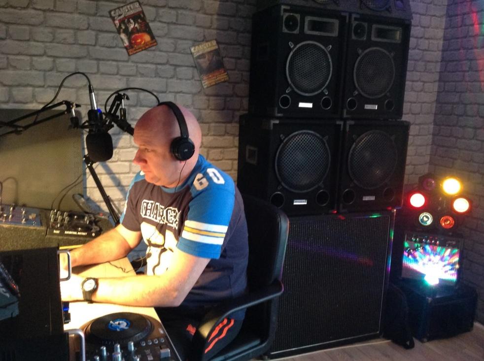 We Funk Radio Live Uk - immagine di copertina dello show