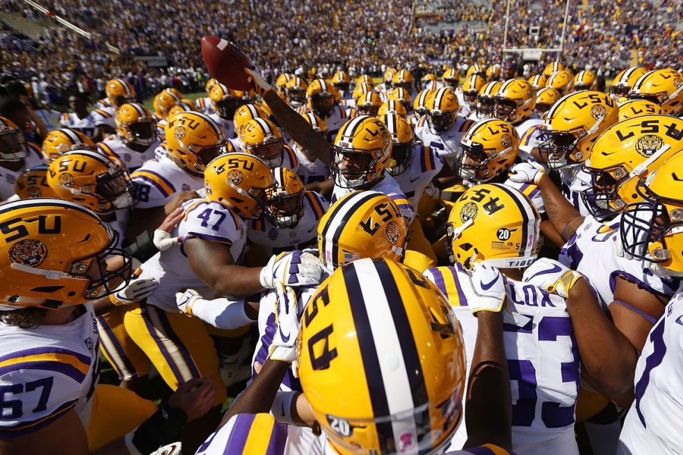 Tuff Tiger Talk! For All Things LSU FOOTBALL! - immagine di copertina