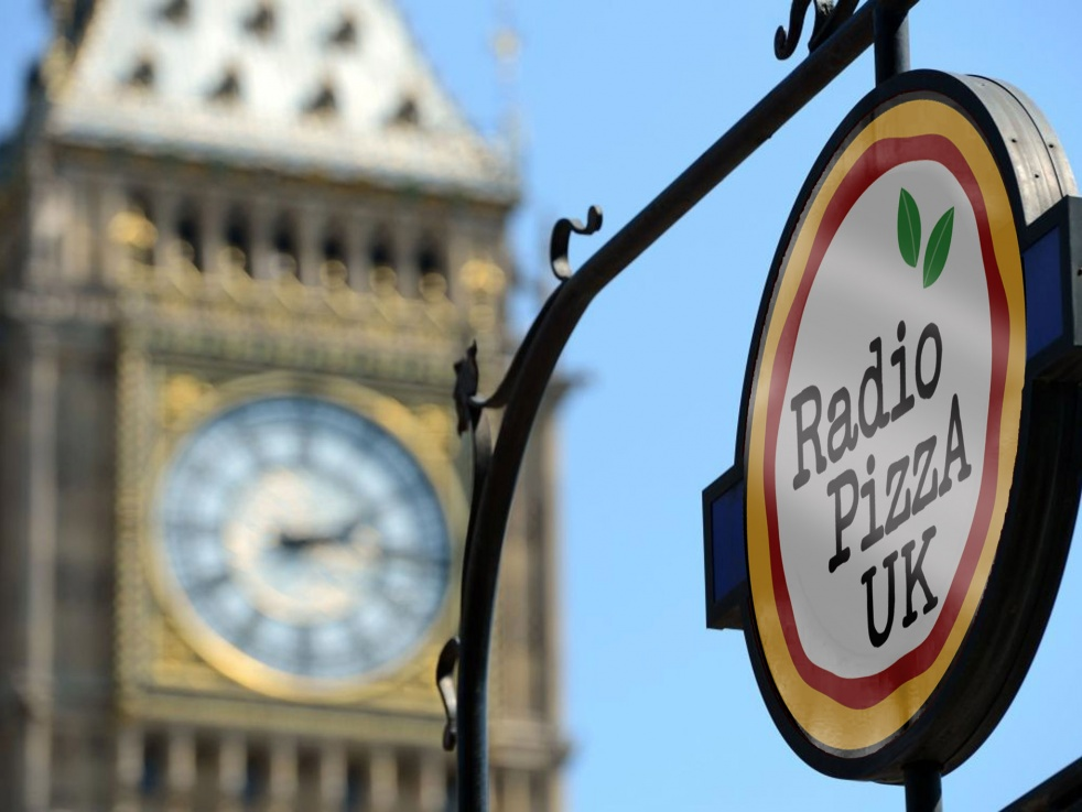 RadioPizza UK - immagine di copertina dello show