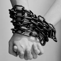 Dipendenza affettiva e narcisismo. Come uscirne?