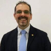 """Españoleando """" Hoy con Ostalinda Maya ONG Romaní,  Doctor Carlos Muñiz Comunicación Politica, efemérides y nuestra tertulia."""