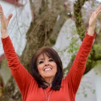 Ladies and Gentlemen! Donna Cunningham On ITNS Radio!