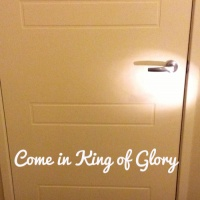 Be Lifted up you everlasting Doors