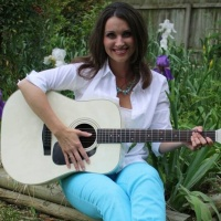 Living Every Second With Julie Reese And ITNS Radio!