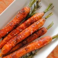 Lauren (Skinning Carrots)
