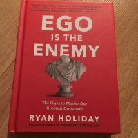 Moptimise 22 - Le livre Ego is the Enemy de Ryan Holiday