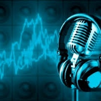 Experiências com locução e som